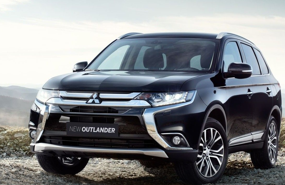 2021 mitsubishi outlander interior  car wallpaper