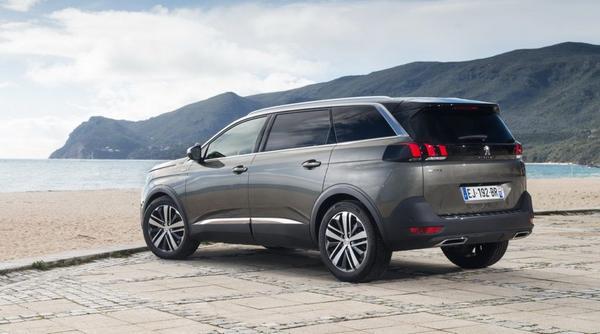 New Peugeot 5008 2021